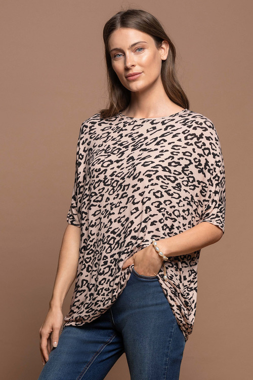 Capture Curve Hem Top