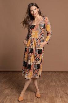 Capture Pleat Pocket 3/4 Sleeve Dress - 240856