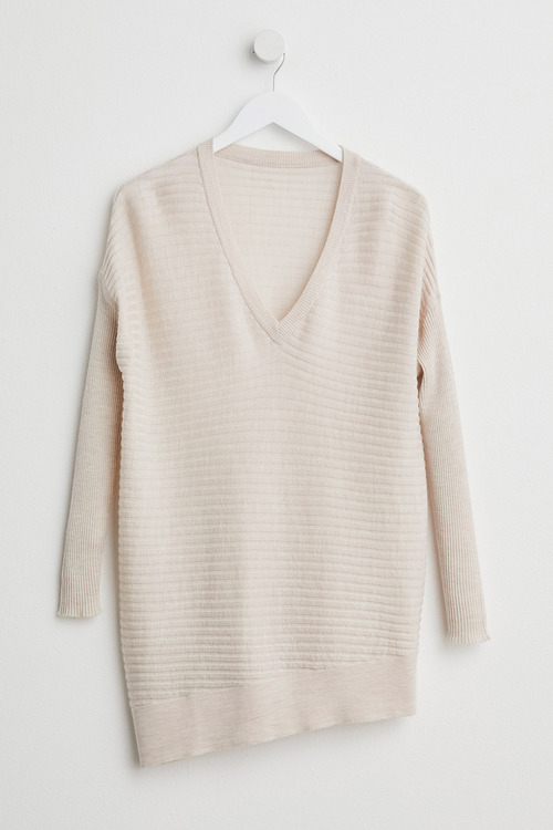 Capture Merino Rib V Neck Sweater