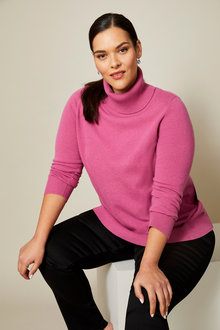 Sara Lambswool Roll Neck Hi-Low - 241047