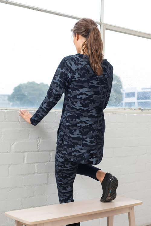 Isobar Merino Camo Cover Up