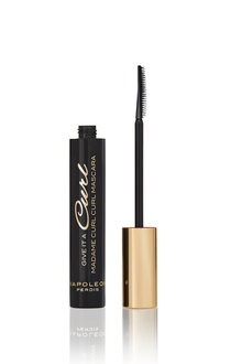 Napoleon Perdis Give It A Curl Madame Curl Curl Mascara