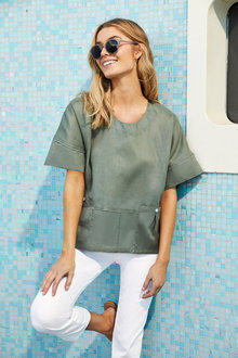 Capture Linen Pocket Top - 246945