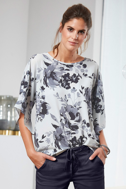 Capture Drape Printed Top