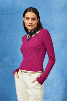 Capture Crew Neck Ribbed Sweater - 247553