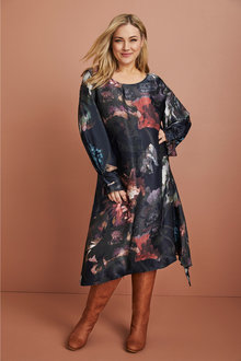 Plus Size - Sara Pleat Sleeve Dress