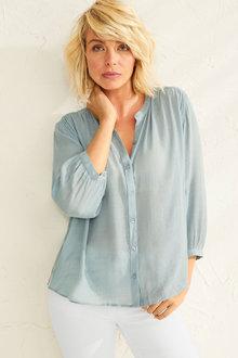 Capture Textured Gather Detail Shirt - 248057
