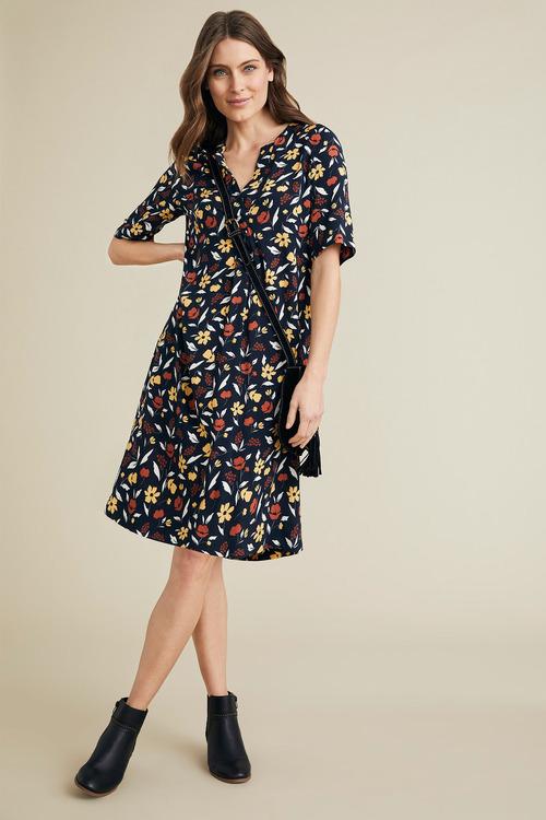 Capture Popover Dress