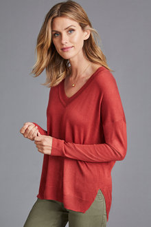 Capture V Neck Light Weight Sweater - 248082