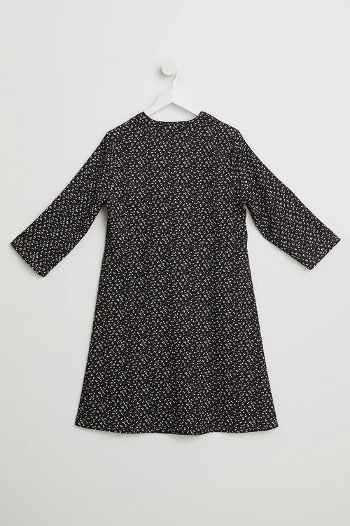 Emerge Notch Neck Shift Dress