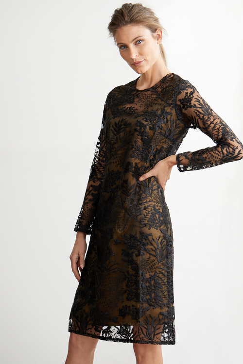 Grace Hill Embroidered Shift Dress