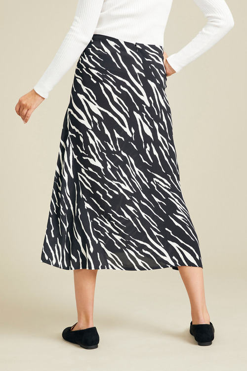 Capture Panel Detail Midi Skirt