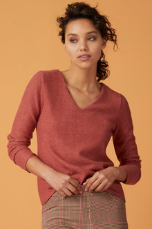 Capture Soft Touch V Neck Top - 248897