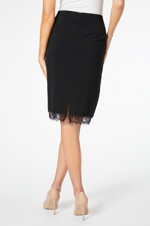 European Collection Lace Hem Skirt