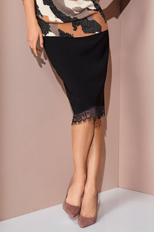 European Collection Lace Hem Skirt - 248922