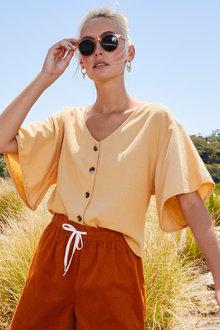 Emerge Linen Blend Cropped Shirt - 249758