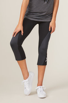Isobar Active Two Tone 3/4 Length Legging