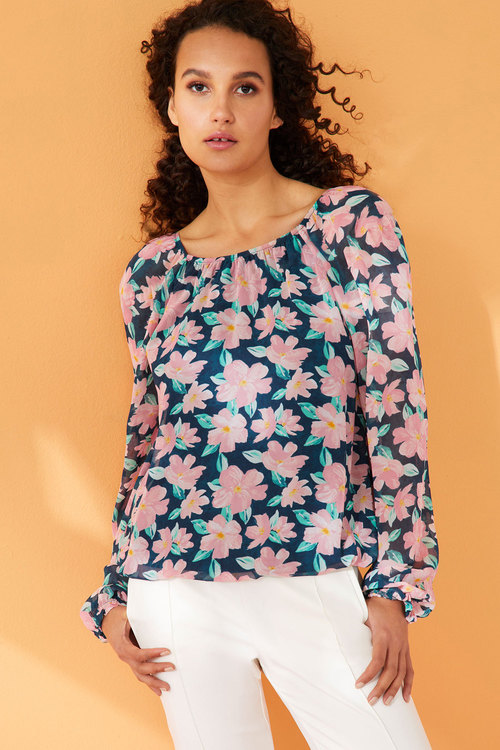 Capture Gather Neck Chiffon Blouse