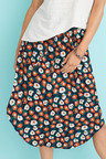 Capture Scoop Hem Pull on Skirt