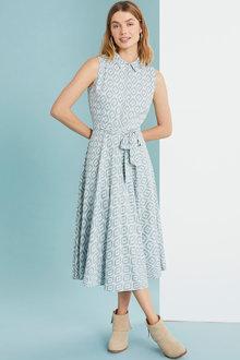 Capture Sleveless Tea Dress - 250085