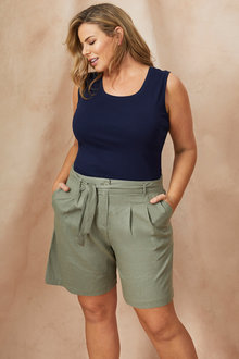 Plus Size - Sara Wide Linen Short - 250319