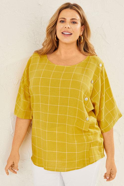 Sara Linen Button Top