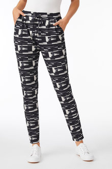 Capture Printed Knit Pant - 250568