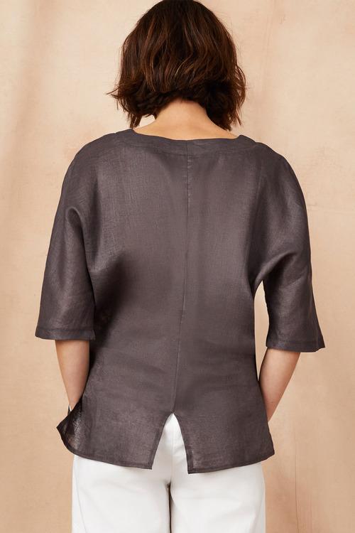 Grace Hill Linen Pocket Top