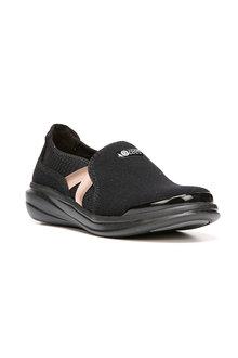 Bzees Cruise Sneaker - 251294