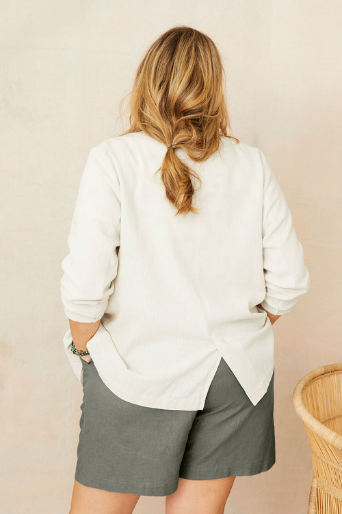 Sara Linen Patch Pocket Blazer