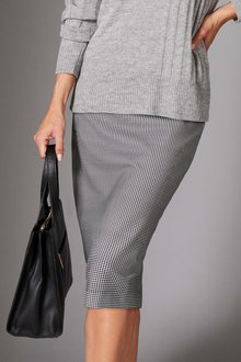 Capture Ponte Pencil Skirt - 252401