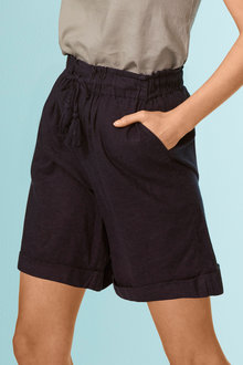 Capture Linen Blend Drawcord Short - 252496
