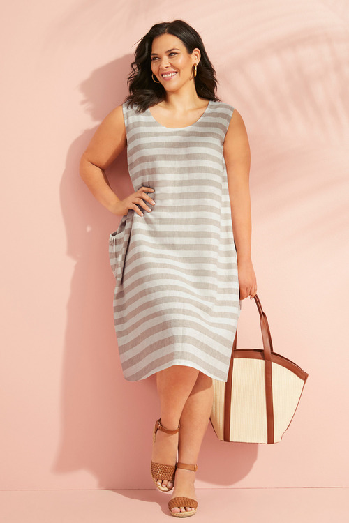Sara Linen Patch Pocket Dress