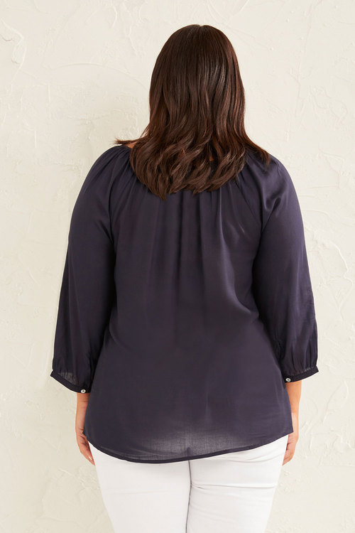 Sara Embroidered Neck Top