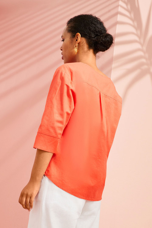 Emerge Linen Button Cuff Top