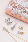 Mestige Golden Nyree Set with Swarovski Crystals