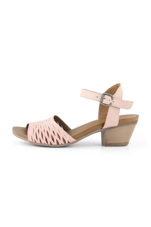 Bueno Judy Mid Heeled Sandal