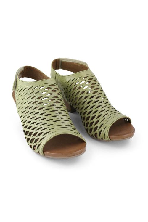 Bueno Ruby Mid Heel Sandal