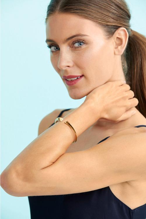 Fairfax & Roberts Contemporary Heart Bracelet