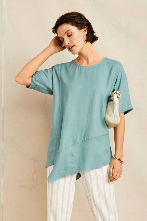 Grace Hill Linen Asymmetric Top