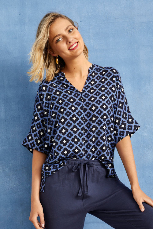 Capture Half Placket Pleat Front Top