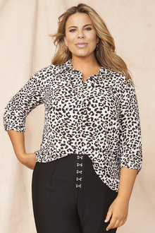 Plus Size - Mono Animal Shirt - 255543