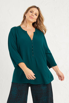Plus Size - 3/4 Sleeve Split Neck Top - 255736