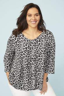 Plus Size - 3/4 Sleeve Swing Top - 255752