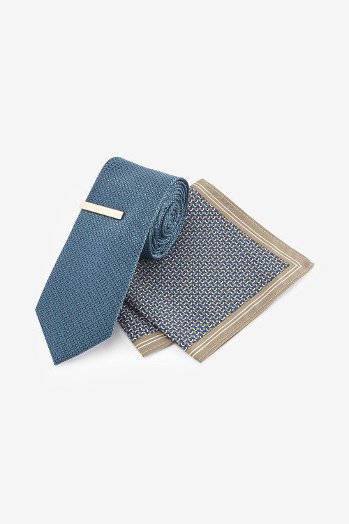Next Tie With Geometric Pocket Square And Tie Clip Set