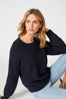 Capture Cable Knit Sweater - 256861