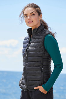 Isobar Quilted LightWeight Puffer Vest - 256883