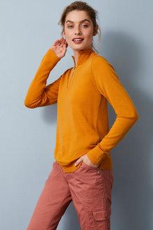 Capture Merino Half Zip Sweater - 256918
