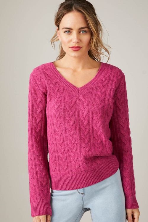 Capture Lambswool Cable V Neck Sweater