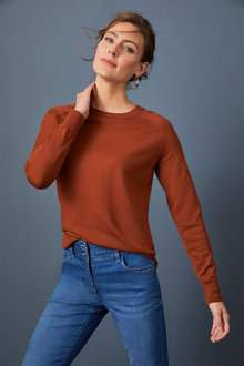 Capture Merino Raglan Sleeve Crew Neck - 256961